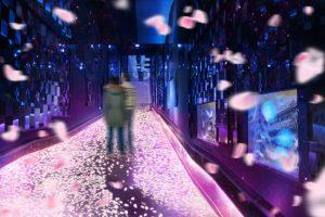 すみだ水族館、万華鏡トンネルにて「桜とクラゲ」を開催
